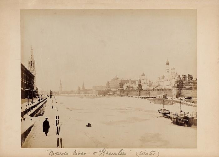 Фотография «Панорама Московского кремля зимой». Б.м., [1880-е гг.].